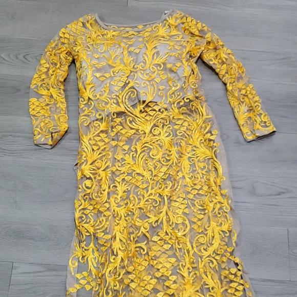 Beautiful dresss with three piece dress